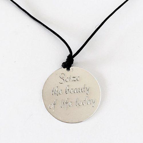 Snur-pentru-gat-cu-banut-argint-VAMA—Seize-the-Beauty